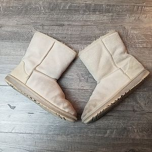 UGG Women's Classic Short Style Gold Sparkle Boots